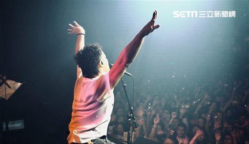 ▲陳奕迅在荷蘭熱鬧開唱。(圖/環球提供)