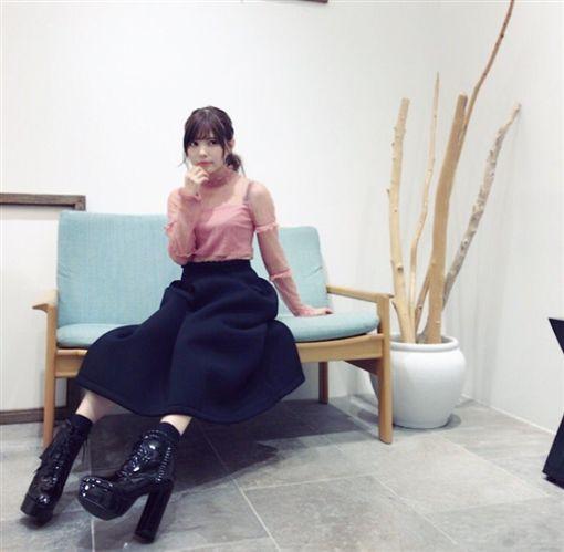 益若翼,益若つばさ,靈異照片,無腳照,角度,日本女星(圖/翻攝自益若翼推特)