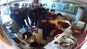 中國公安文明執法(圖/翻攝自臉書)