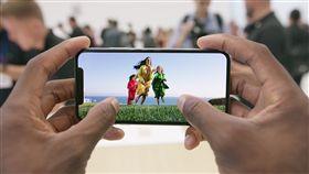 iPhone X https://www.flickr.com/photos/148114704@N05/36366870174/in/photolist-XpBHv1-cKCKSw-pETaNt-87GoBr-bsKgfW-crryH9-x7ZRfK-9wzDjY-9dRLoM-fAQkjA-ahYHvZ-9daPrW-ix9dNJ-9v9XDP-558Q2D-qdDnBM-arm1ng-5G7