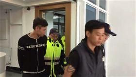 警方將毆人的移工移送法辦。(圖/翻攝畫面)