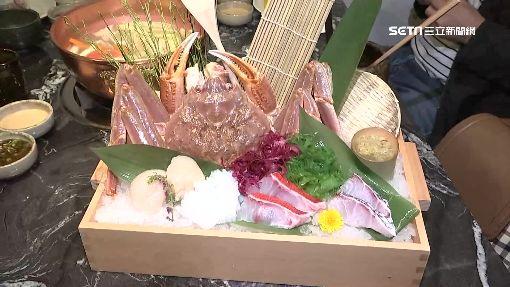 餐廳打造「藍光百寶箱」 海鮮現撈上桌