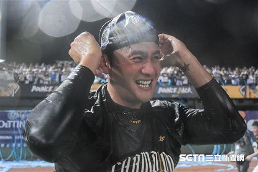 中華職棒總冠軍賽中信兄弟LAMIGO、林英傑 圖/記者林敬旻攝