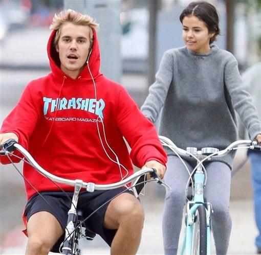 賽琳娜,Selena Gomez,小賈斯汀,Justin Bieber,賈賽戀,復合,威肯,約會(圖/翻攝自推特)