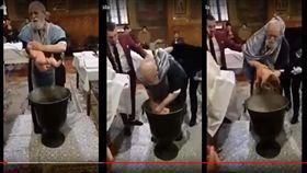 神父,嬰兒,受洗(https://www.youtube.com/watch?v=uB6Cgq7uH5g)