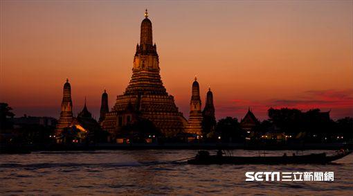 泰國知名黎明寺 - 鄭王廟。(圖/泰國觀光局提供)