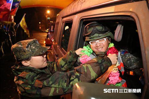 陸軍第六軍團269旅完成「長青16號」操演 回營受夾道歡迎 陸軍司令部提供 ID-1122044