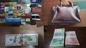 無膽竊賊偷走包包,發現包裡頭錢太多嚇到跑去自首。(圖/翻攝新快報微博)