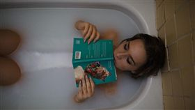 洗澡(示意圖/取自創用cc)