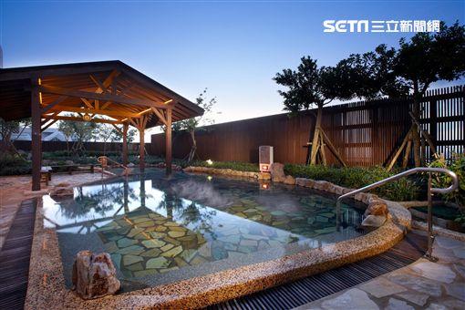 雙11熱潮,長榮鳳凰酒店(礁溪)則在11月推出光棍1+1活動
