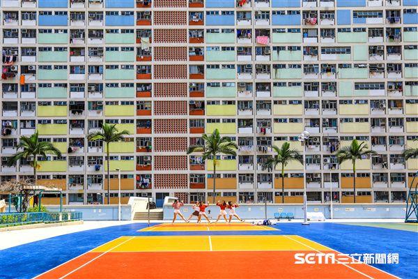 香港10大IG打卡景點:彩虹邨。(圖/攝影師心星提供)