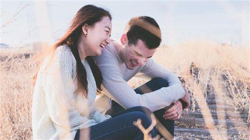 友誼、朋友、紅粉知己、情侶、戀人/pixabay