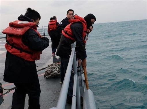 外界指幻象飛官投共 國防部嚴厲譴責圖/國防部提供國軍,搜救