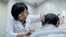 雙和醫院皮膚科主任李婉若提醒,乾癬症如同糖尿病、高血壓等慢性病一樣無法治癒,民眾不要輕易聽信偏方,以免延誤治療。(圖/雙和醫院提供)