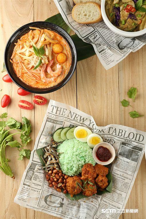 微風台北車站10週年慶,十元銅板價美食。(圖/微風集團提供)