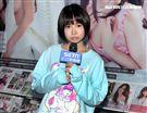 擁高人氣COSER肉感少女(Neneko)與女性攝影師小喵接受三立新聞網專訪。(圖/邱榮吉攝影)