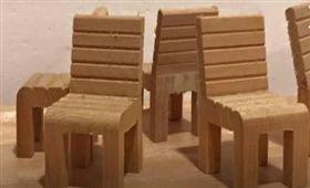 銅板價,10元,奧客,手作,木椅,荒謬 圖/翻攝自臉書爆怨公社