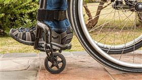 輪椅,癱瘓,殘廢 圖/翻攝自PIXABAY