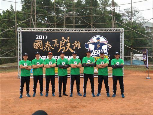 ▲陳偉殷棒球訓練營。(圖/記者林辰彥攝影)