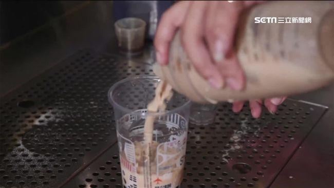 台灣何款飲料最耗時費工? 網推這一款:每杯搖200下!