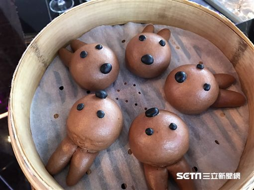 台北W飯店 x MCM 聯名推出 「迷艷忘返」雙人下午茶。(圖/記者簡佑庭攝)