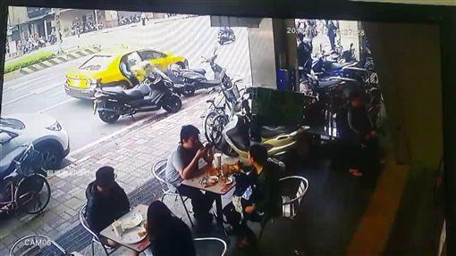 計程車 翻攝「爆料公社」