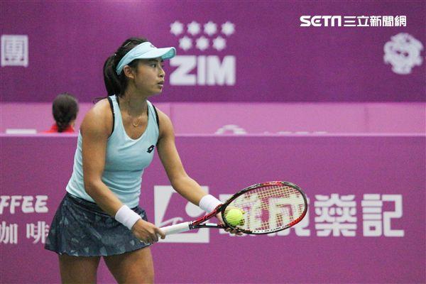 ▲趙一羽昨日剛拿下深圳網球公開賽女子單打金牌。(圖/記者蔡宜瑾攝影)