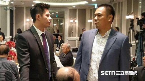 陳偉殷和陳金鋒出席彭副會長慶功晚宴。(圖/記者王怡翔攝)