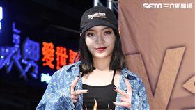 嘻哈女歌手VAVA首度來台舉辦專輯簽唱會與台灣歌迷相見