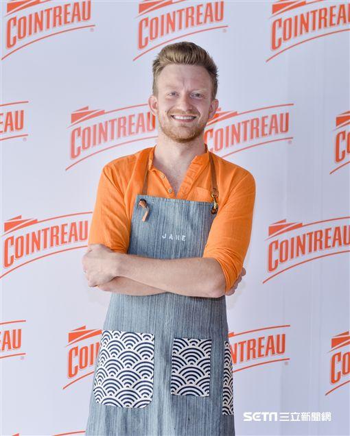 2017年君度橙酒之家雞尾酒大賽(La Maison Cointreau)調酒冠軍Jake Page。(圖/誠品行旅提供)