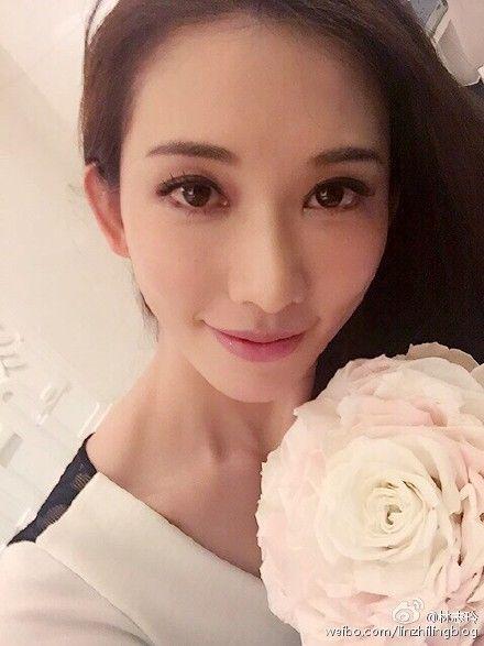 林志玲 捧花 /翻攝自微博