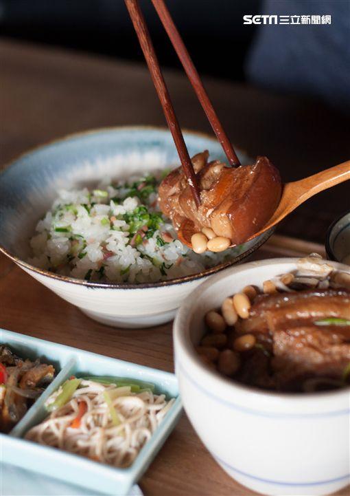 臘肉,四四南村,好丘,眷村,家傳果木燻臘飯,貝果,文青