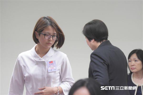 衛生環境委員會邀請護理師針對勞基法修法現身說法,勞動部長林美珠 圖/記者林敬旻攝