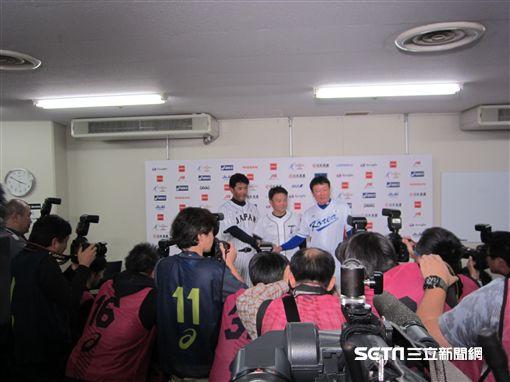 ▲亞冠賽台日韓3國監督記者會吸引超過百家媒體採訪。(圖/記者蕭保祥攝)