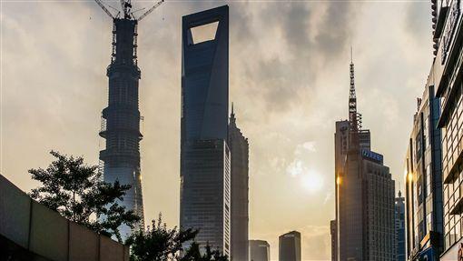 中國,大陸,上海,城市,都市,房地產,房市,不動產,房價,建築,大樓 (圖/攝影者David Leo Veksler, Flickr CC License)https://goo.gl/d3E2DW