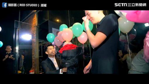 Ivan求婚誓言,讓網友好感動。(圖/翻攝自瑞影藝(RED STUDIO)臉書)
