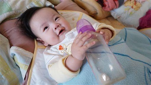 配方奶,尿布,兒科,醫師,母奶,衛服部,奶粉