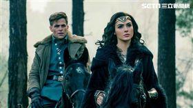 ▲《神力女超人》讓這位以色列女星蓋兒加朵大放異彩。(圖/華納兄弟提供)