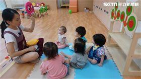 柯文哲推0-2歲社區托育保母 北市社會局婦幼攝提供
