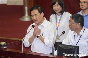 台北市副市長陳景峻赴台北市議會備詢 圖/記者林敬旻攝