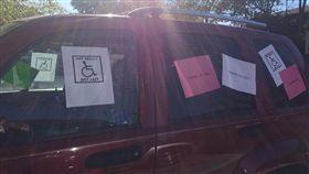 美國,肯塔基大學,腦癌,放射性治療,頭暈,副作用,殘障車位,正義魔人,癌症(圖/翻攝自Lexi Baskin臉書)