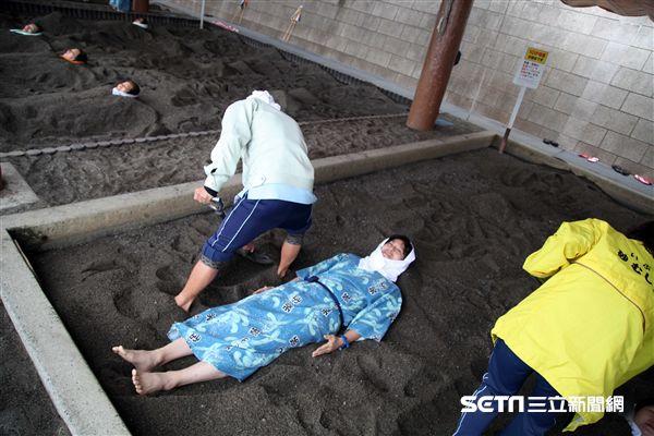 日本指宿,旅遊,砂蒸,沙蒸溫泉,泡湯。(圖/記者簡佑庭攝)