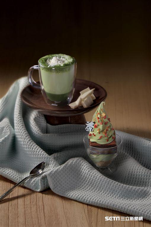 抹茶聖誕樹,耶誕節限定商品。(圖/辻利茶舗提供)