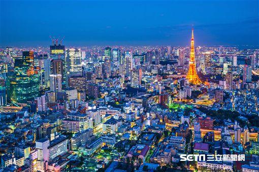 日本東京,歌舞伎町中心的「新宿格蘭貝爾飯店」。(圖/Booking.com提供)