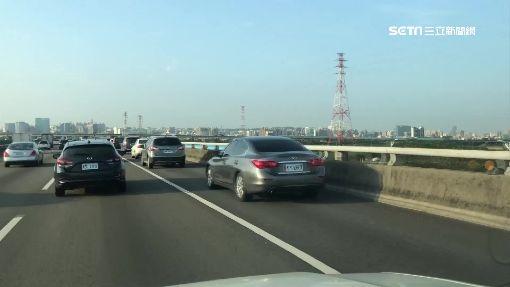 路肩塞車困!百米再開放 駕駛遭罰:設計不良-高速公路-國到、路肩