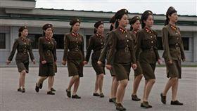 北韓女兵_inuth.com