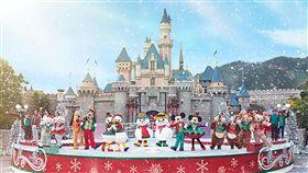 喜迎耶誕 香港樂園活動精采距離耶誕節還有一個多月,香港迪士尼樂園日前宣布,將推出全新米奇與好友耶誕舞會活動,邀民眾前來歡度耶誕佳節。(香港迪士尼樂園提供)中央社記者陳葦庭傳真 106年11月17日