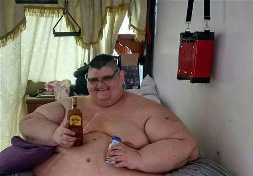 世界最胖男。(圖/Juan Pedro Franco臉書)