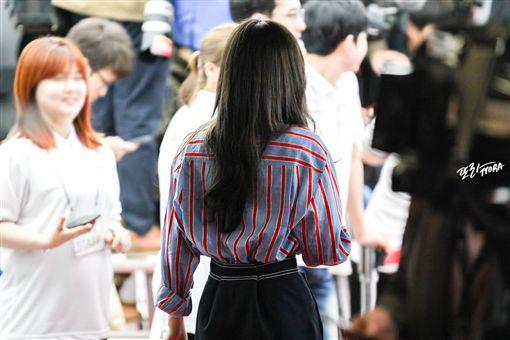 太妍(翻攝自아이돌 이슈臉書)