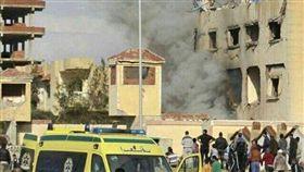 埃及清真寺遭炸彈襲擊 至少155人身亡 圖翻攝自推特 https://twitter.com/LotteLeicht1/status/934056657918799872 https://twitter.com/turkiyeaktuel/status/934056079973109760